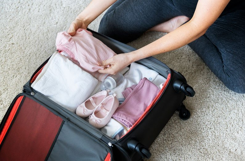 A guide on what to pack in your hospital bag